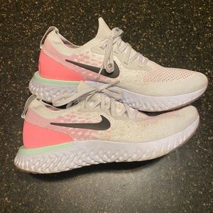 Nike epic react flyknit 10.5 rare color